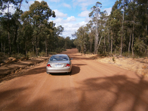 Driving on unsealed roads in Australia